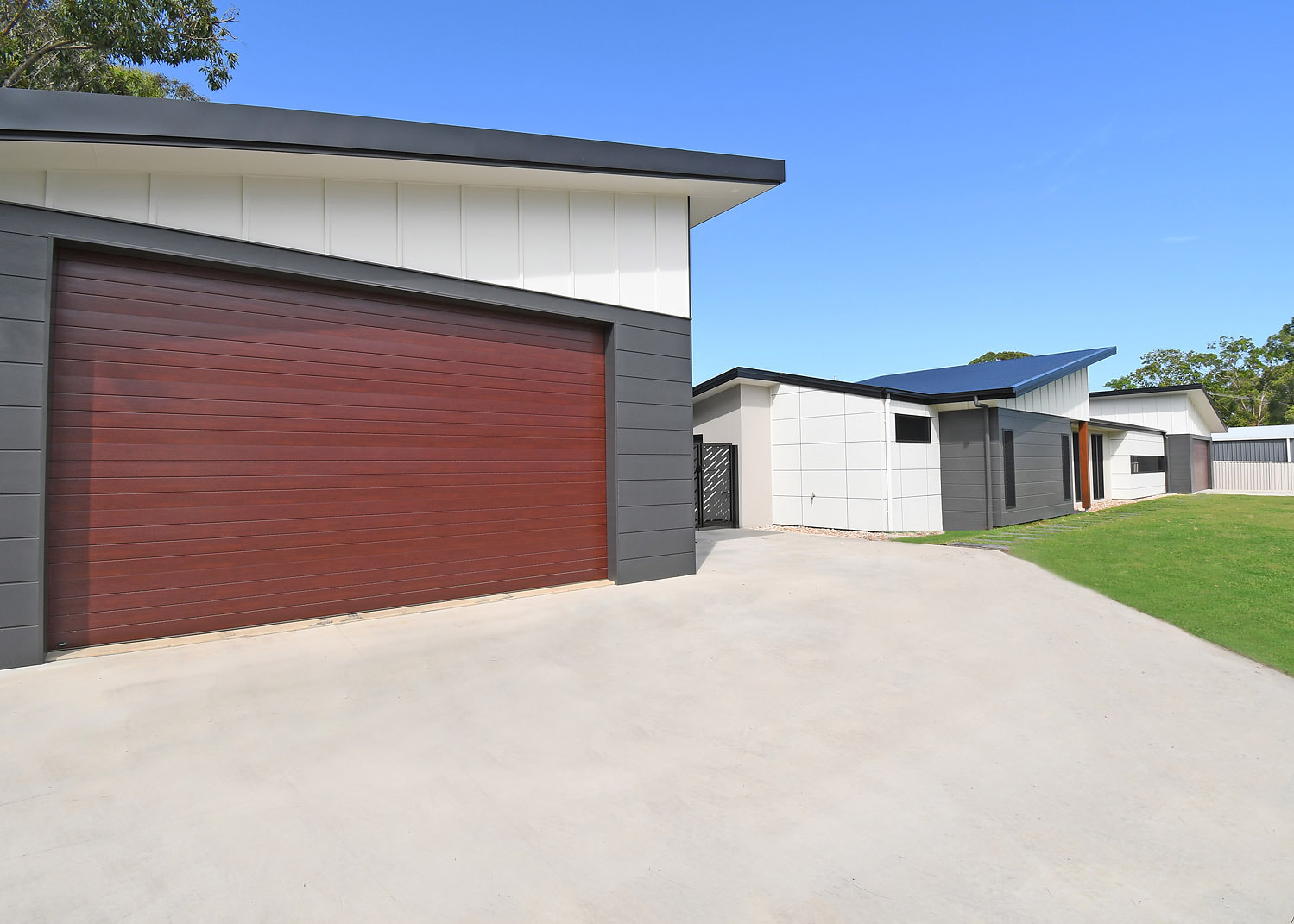 garages and sheds prices
